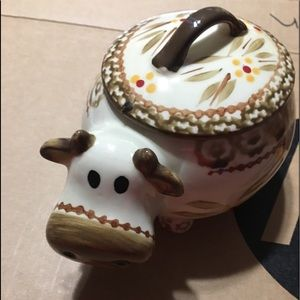 Temptations Oven Ware Cow w Lid